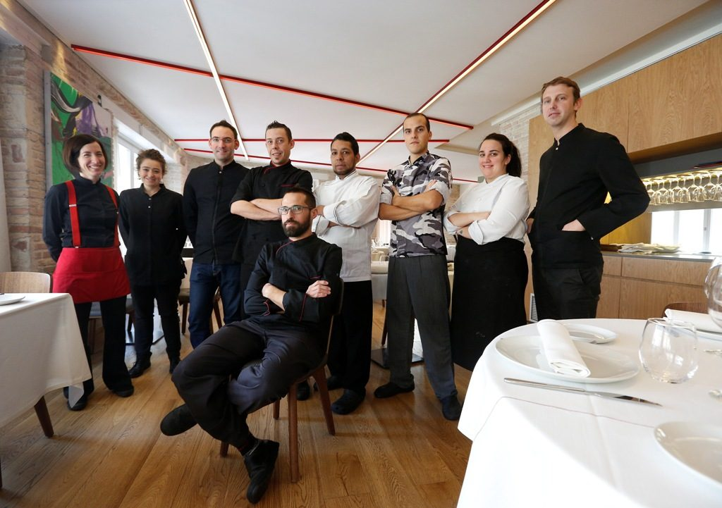 Comunidad Valenciana.Valencia.15/02/2018.Equipo del restaurante Entrevins.Fotografía de Jesus Signes.